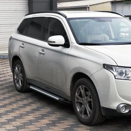Stopnie boczne - Nissan Primastar 2001-2014 short (długość: 230 cm) 01656054