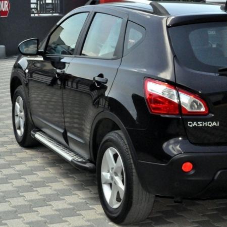 Stopnie boczne - Nissan Qashqai+2 2007-2013 (długość: 182 cm) 01656057