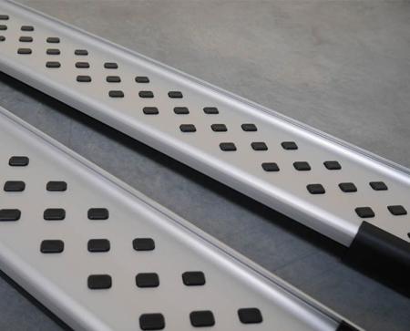 Stopnie boczne - SsangYong Rexton II 2006- (długość: 193 cm) 01656074