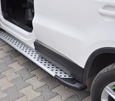 Stopnie boczne - Volkwagen Tiguan 2007-2015 (długość: 171 cm) 01656087